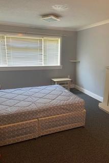 3 bedroom flat to rent - calder court , Calder, Edinburgh, eh114jy
