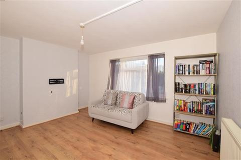 1 bedroom flat for sale - Pound Road, Banstead, Surrey