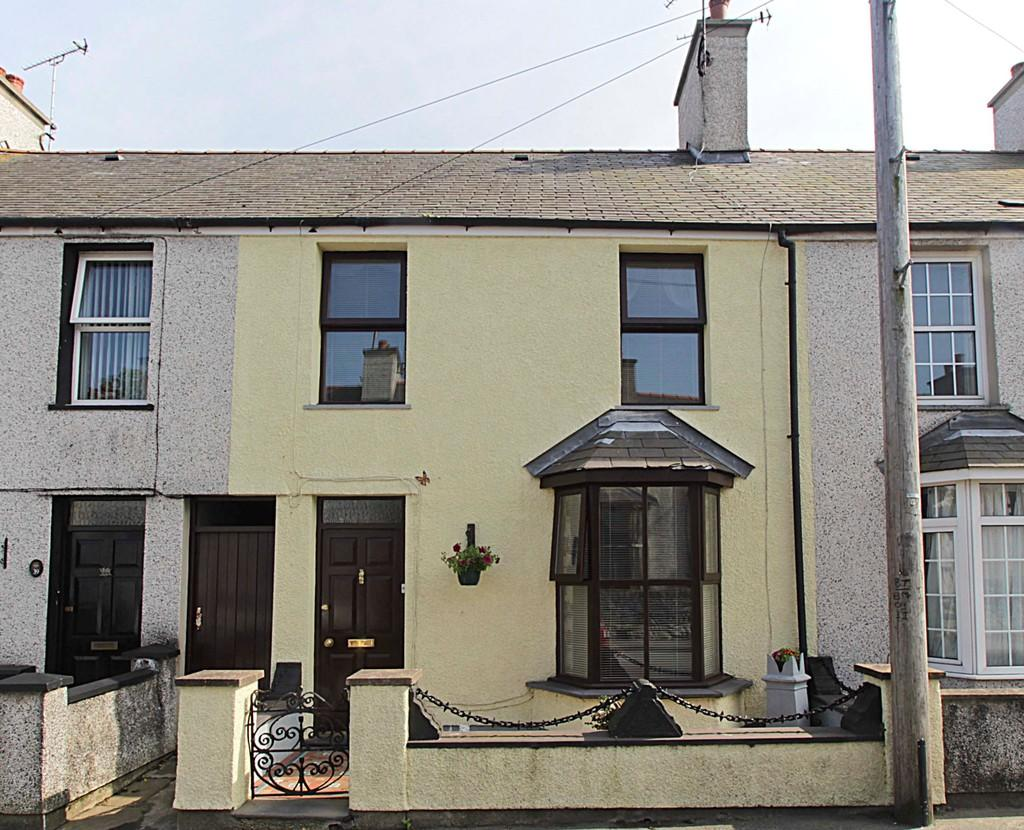 3 Bedrooms Terraced House for sale in Mona Street, Amlwch, Anglesey