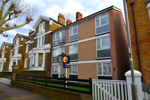 2 bedroom flat for sale - Altenburg Gardens, Battersea, SW11