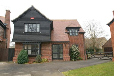 4 bedroom detached house for sale - Warden House Mews, Deal CT14