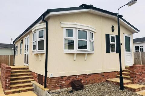 2 bedroom park home for sale - Llay North Wales
