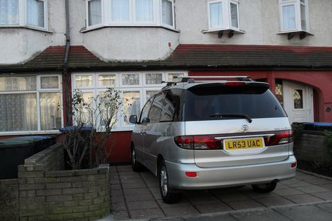 3 bedroom terraced house to rent - STOCKTON ROAD, EDMONTON, LONDON N18