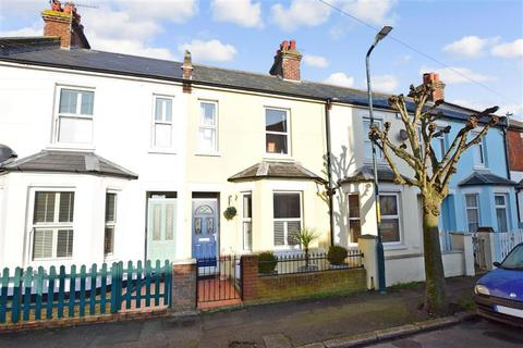 2 bedroom terraced house for sale - Park Road, Hythe, Kent