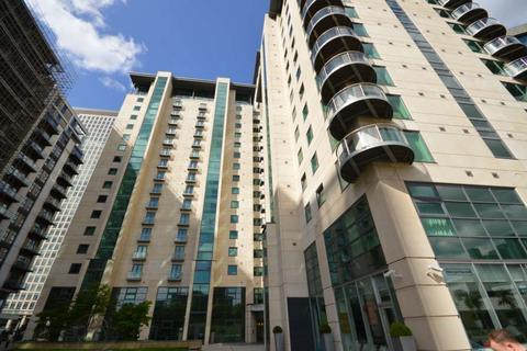 2 bedroom apartment to rent - Discovery Dock West, South Quay