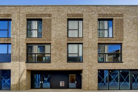 2 bedroom apartment for sale - Battersea Exchange SW8