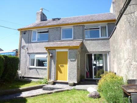 3 Bedrooms Semi Detached House for sale in Llandegfan, Anglesey, North Wales