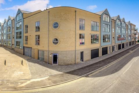 2 bedroom apartment for sale - Plot 15 (E) Harbourside, Brightlingsea, Colchester, CO7 0FY