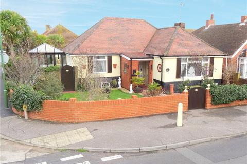 3 bedroom bungalow for sale - Kings Road, Lancing, West Sussex, BN15