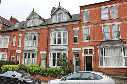 5 bedroom terraced house for sale - Daneshill Road, Leicester
