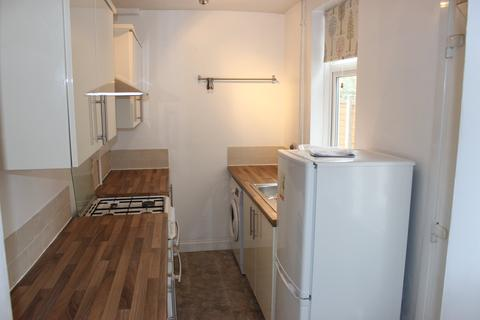 2 bedroom terraced house to rent - Luther Street, Leicester,