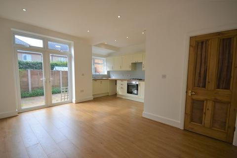 3 bedroom semi-detached house for sale - Windham Road,