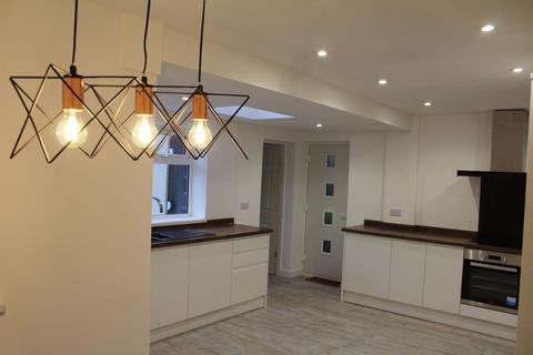 3 bedroom semi-detached house to rent - Redcar Road, Sunderland