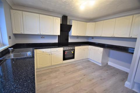 3 bedroom flat for sale - Sawyers Court, Chatham, ME4