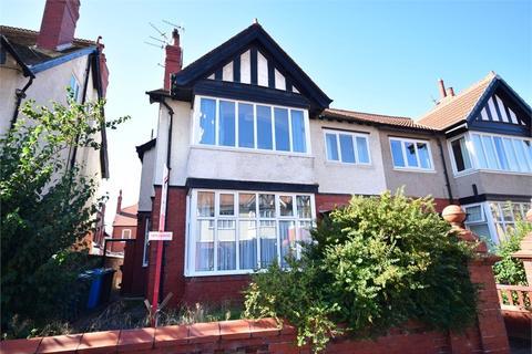 2 bedroom apartment to rent - Park Road, Lytham St Annes, FY8