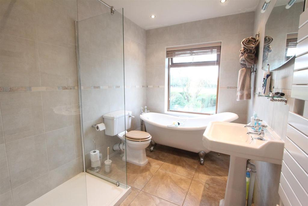 Refitted bathroom to rear