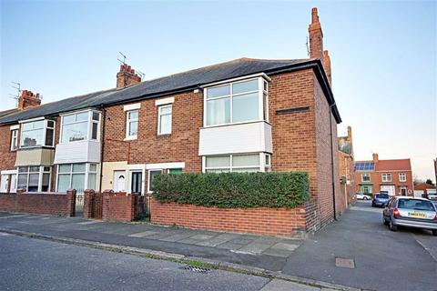 3 bedroom end of terrace house for sale - Cranford Street, South Shields, Tyne And Wear