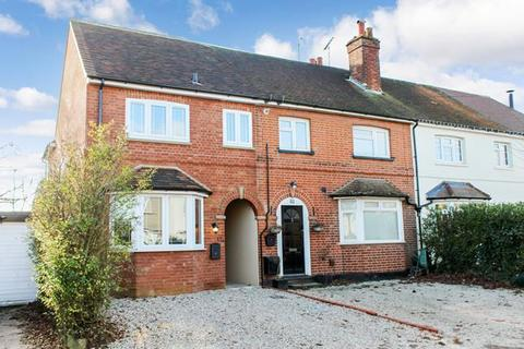 3 bedroom end of terrace house for sale - Avenue Road, Chelmsford, Essex