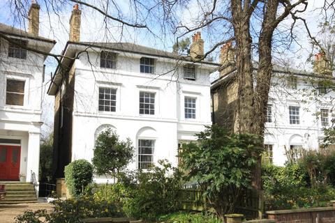 2 bedroom ground floor flat for sale - Lee Park, Blackheath SE3