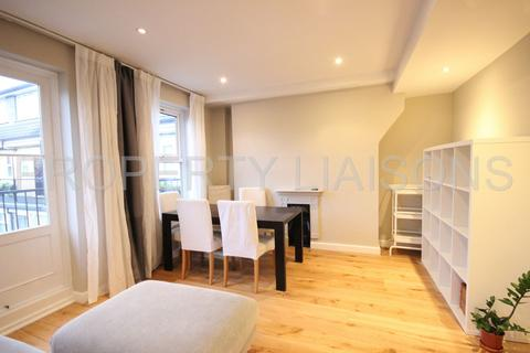 2 bedroom duplex to rent - Riverside Mansions Milk Yard, Wapping, E1W