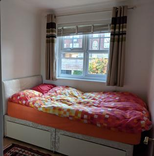1 bedroom flat share to rent - Luton