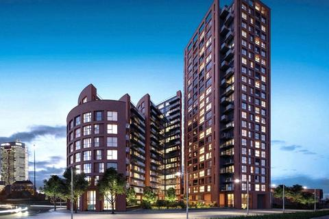 3 bedroom apartment for sale - Orchard Wharf, Silvocea Way, London, E14