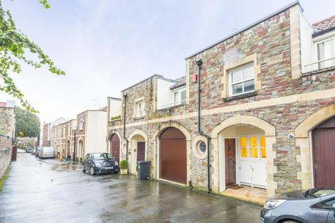 4 bedroom mews to rent - Thorndale Mews, Clifton, BS8