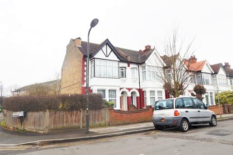 5 bedroom house share to rent - Cavendish Road, Colliers Wood, London, SW19