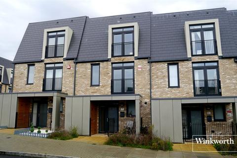 3 bedroom terraced house to rent - Hera Avenue, Barnet, Hertfordshire, EN5