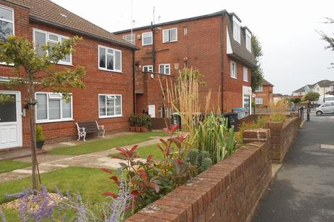 2 bedroom flat to rent - Boscombe East, Bournemouth