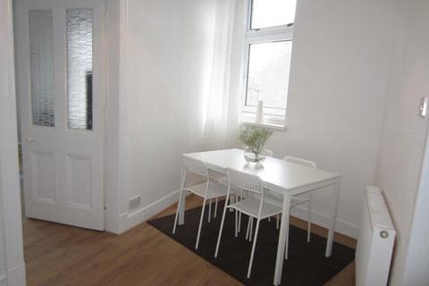 1 bedroom flat to rent - Urquhart Road, Floor, AB24