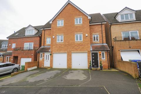 3 bedroom semi-detached house for sale - Booker Close, Inkersall, Chesterfield