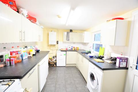 4 bedroom terraced house to rent - Viaduct Road, , Brighton, BN1 4ND