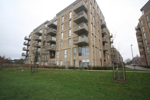 1 bedroom apartment to rent - Adenmore Road, London, SE6