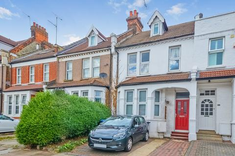 6 bedroom terraced house to rent - The Limes Avenue, London, N11
