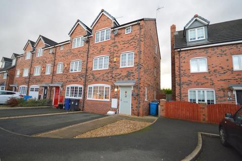 4 bedroom terraced house for sale - Langley Beck, Widnes
