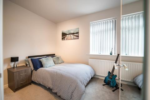 7 bedroom house share to rent - St Marks House, Railway Street, Dukinfield