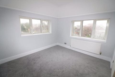Studio to rent - West End Way, West Sussex