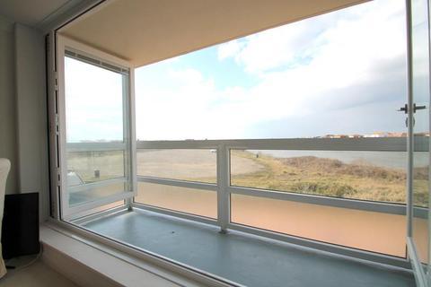 2 bedroom apartment for sale - West Beach, Shoreham Beach