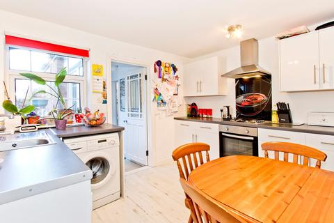 2 bedroom terraced house for sale - Burdett Road, Tunbridge Wells, TN4