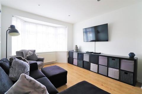 3 bedroom semi-detached house for sale - Princes Avenue, Dartford