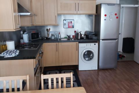 3 bedroom house to rent - Elm Lodge, St Peter's Grove, Southsea, PO5
