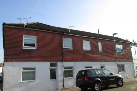 4 bedroom property to rent - Newcome Road, Fratton, PO1