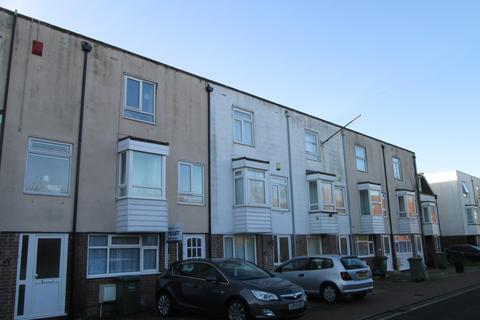 6 bedroom property to rent - Belmont Street, Southsea, Portsmouth, PO5
