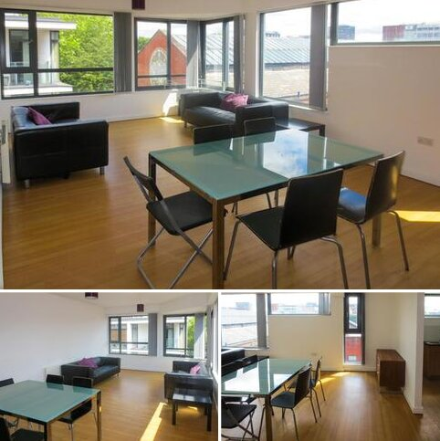 2 bedroom apartment to rent - Agecroft House City Centre