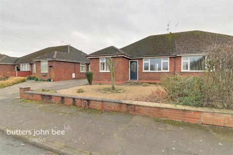 3 bedroom semi-detached bungalow for sale - Swinburne Drive, Crewe