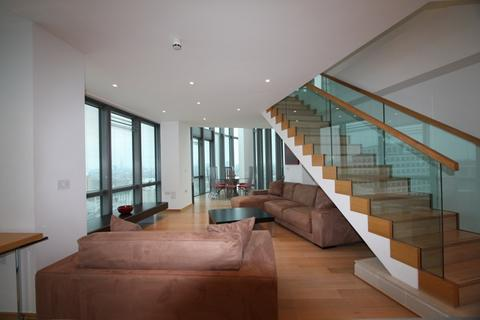 2 bedroom apartment to rent - No 1 West India Quay, E14