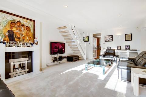4 bedroom detached house for sale - Badgers Copse, Worcester Park, KT4