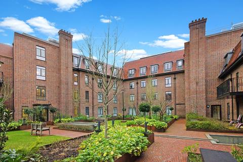 3 bedroom apartment to rent - Hampstead Reach, 81 Chandos Way, London, NW11