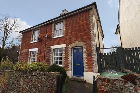 2 bedroom semi-detached house to rent - Church Street, Colne Engaine, Colchester, CO6